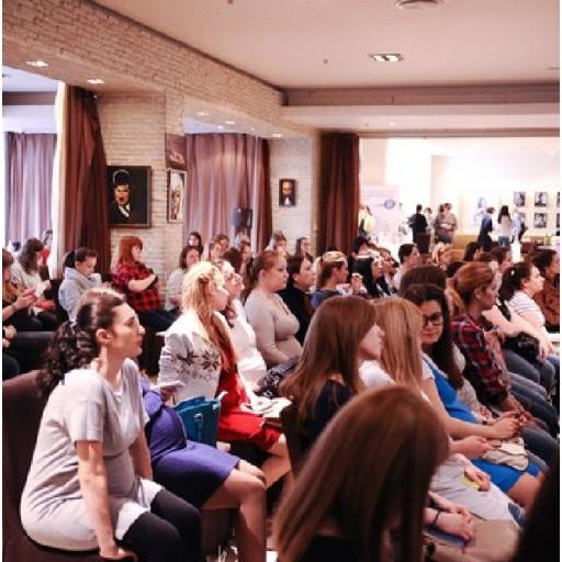Косметика Bebble и Maternea на майской встрече с будущими мамами «Два в одном» в Москве